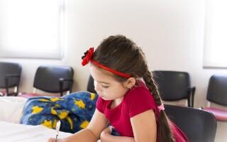 Врач назвал главные симптомы переутомления у школьников