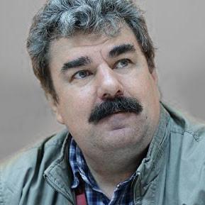 Алексей Леонков